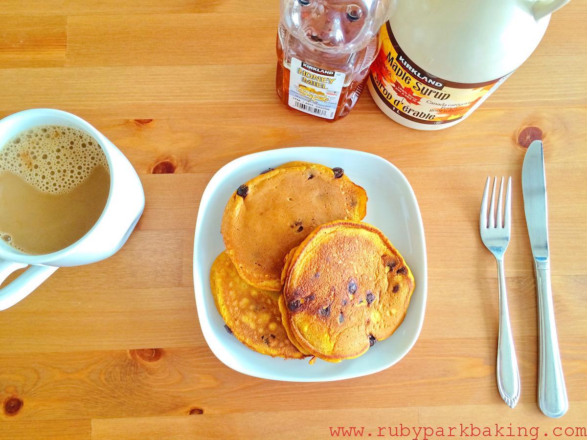 Pumpkin chocolate pancakes on rubyparkbaking.com