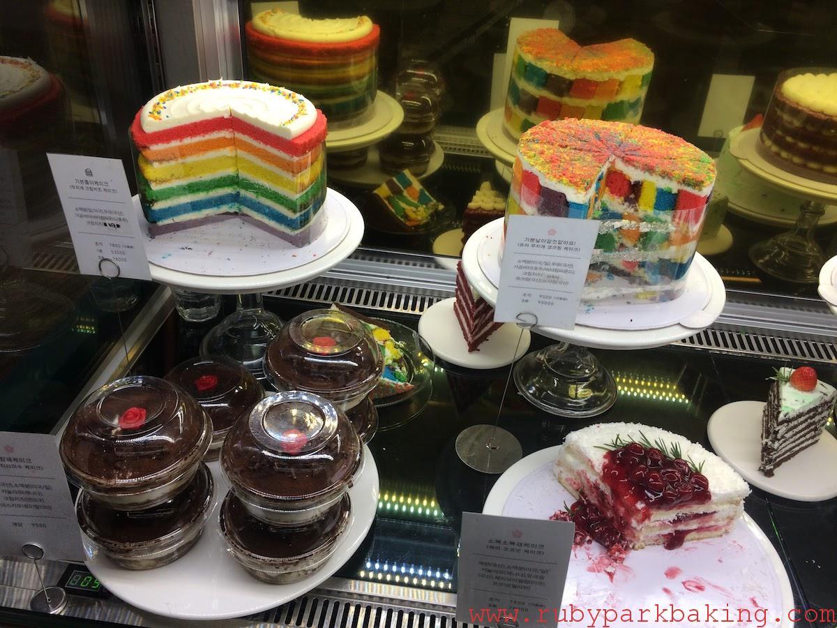 レインボーケーキが有名な韓国のパティスリー「DORE DORE」に行ってきました♡