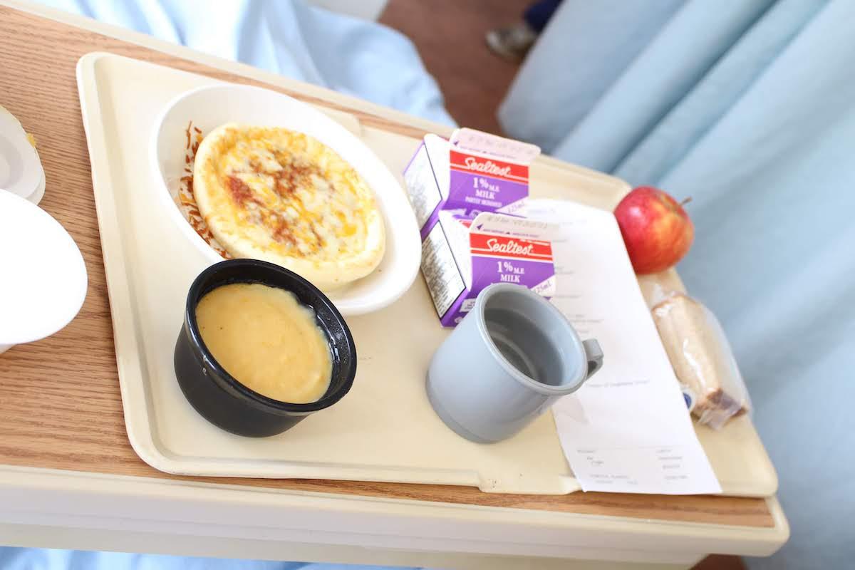 【カナダで妊娠・出産】海外の産後病院食はひどい?実際の食事メニューをご紹介【体験談】