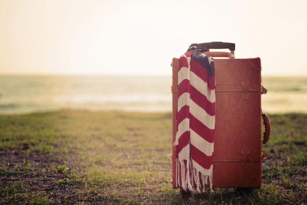 韓国人へのお土産を入れる旅行用スーツケース