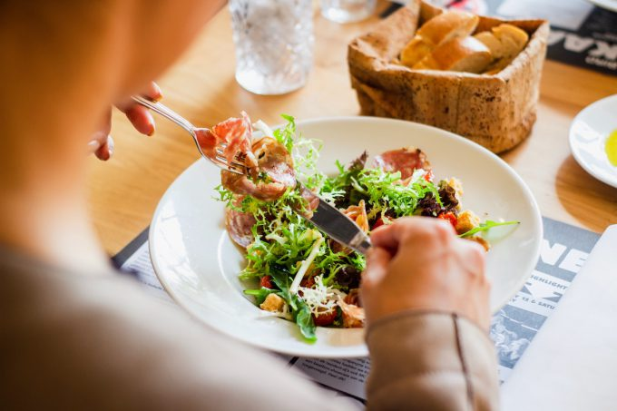 【無理せず】2ヶ月で5キロ痩せた方法は「プチ断食」と「加工食品を食べない」だけです【ダイエット】