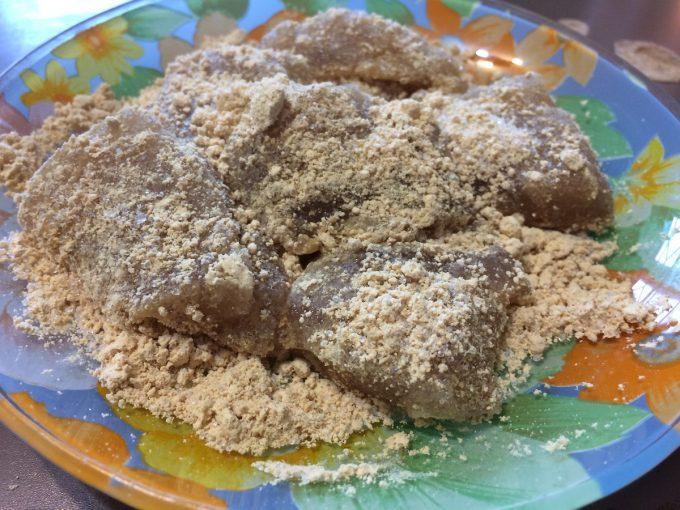 【糖質制限スイーツ】ヘルシーなわらび餅の作り方!材料たったの4つ、5分で完成【サイリウム】